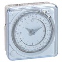 LEGRAND - Inter horaire - 24h. 1 sortie Analogique 230 V - en saillie