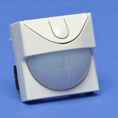 Denso Hornear éxito  Sensor voor bewegingsmelder, detectiehoek 180°, bereik 8m, crème  (100-78400) NIKO - Cebeo e-shop