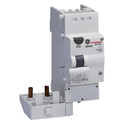 VYNCKIER - DIFF-O-CLICK differentieelinrichting type AC 2P 2M 32A 30mA